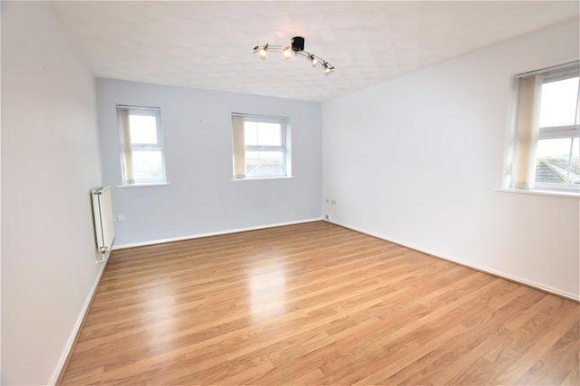 Living Room of Heol Broadland, Barry CF62