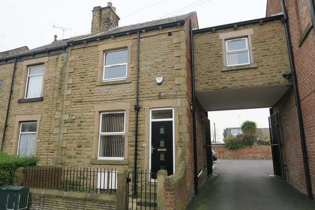Thumbnail Semi-detached house to rent in Peel Street, Morley, Leeds