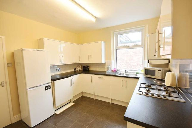 Thumbnail Maisonette to rent in High Street, Gosforth, Newcastle Upon Tyne