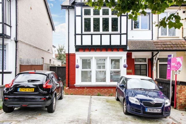 1 bed flat for sale in 30 Manor Road, Westcliff-On-Sea SS0