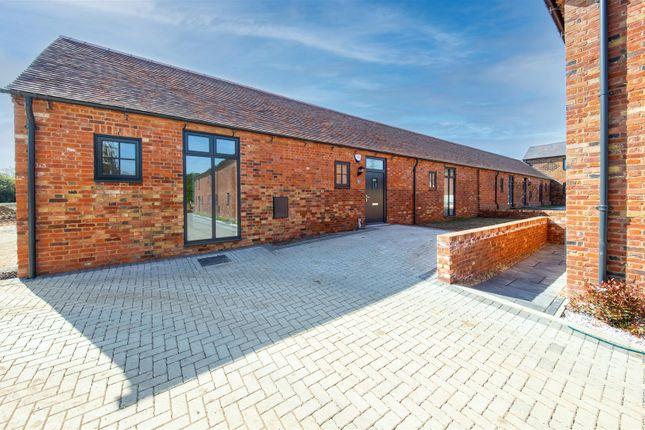 Thumbnail Barn conversion for sale in Bull Farm, Watling Street, Hockliffe
