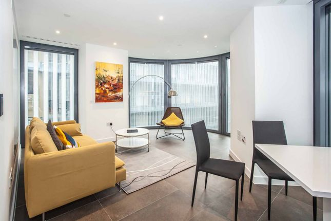 Thumbnail Flat for sale in Lexicon Tower, City Road, Old Street