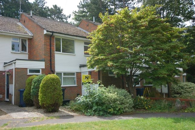 Thumbnail Terraced house to rent in Long Hide, Princes Risborough
