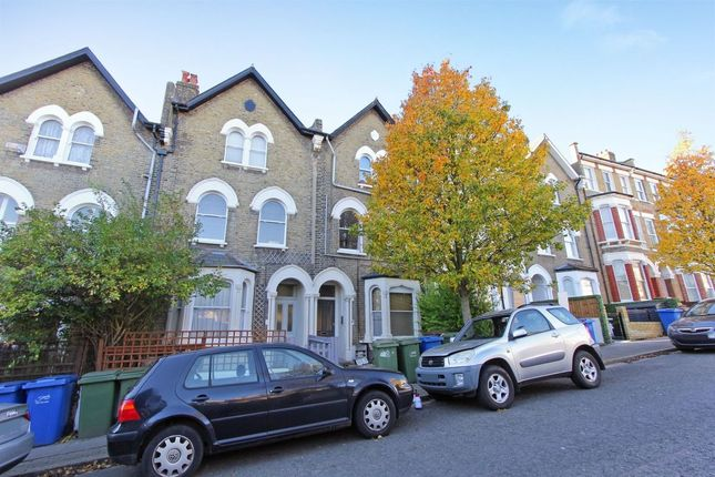 Thumbnail Flat for sale in Bromar Road, Camberwell, London
