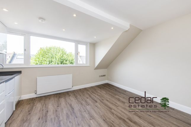 Thumbnail Flat to rent in Holmdale Road, London
