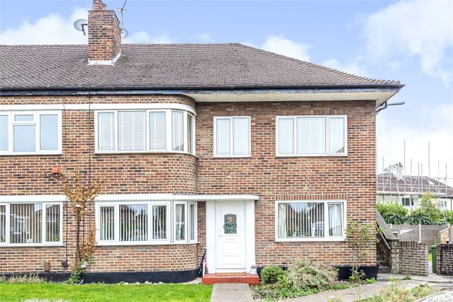 Thumbnail 2 bed maisonette for sale in Rosslyn Close, West Wickham
