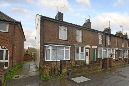 Thumbnail End terrace house to rent in Bellingdon Road, Chesham