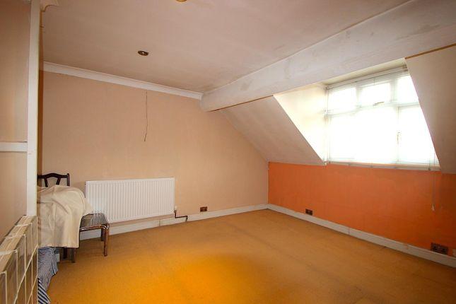 Attic Room/Potential Bedroom
