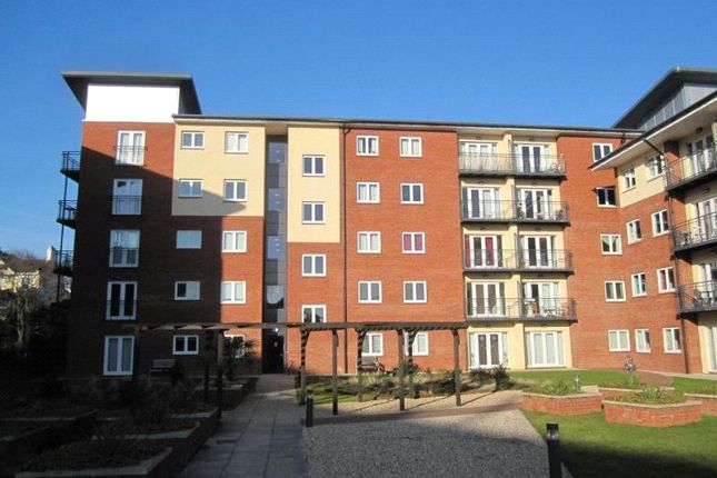 Thumbnail Flat to rent in Constantine House, New North Road, Exeter, Devon