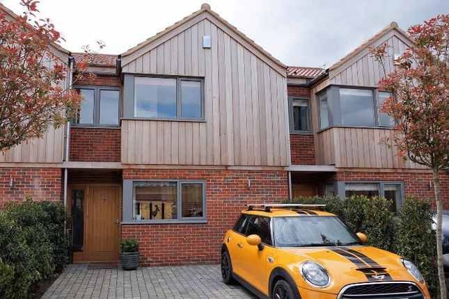 Thumbnail Terraced house for sale in The Dial, Norwich