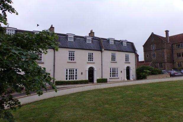 Thumbnail Property to rent in Lansdowne Place, Wincanton