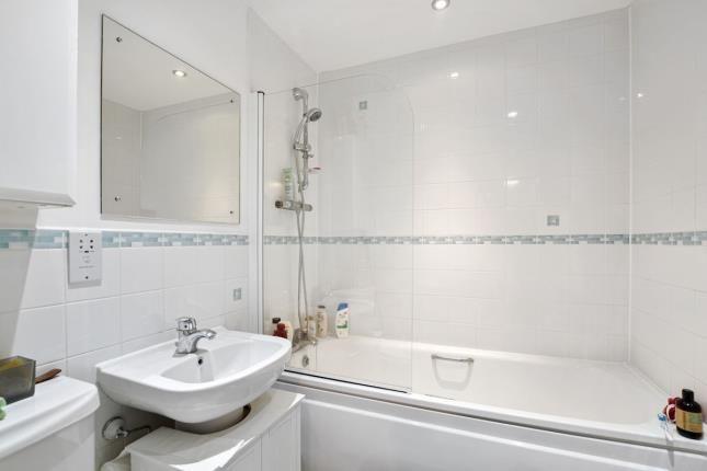 Bathroom of 331 Romford Road, London, England E7