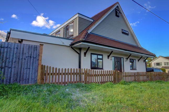 Thumbnail End terrace house for sale in Barn Mead, Doddinghurst, Brentwood