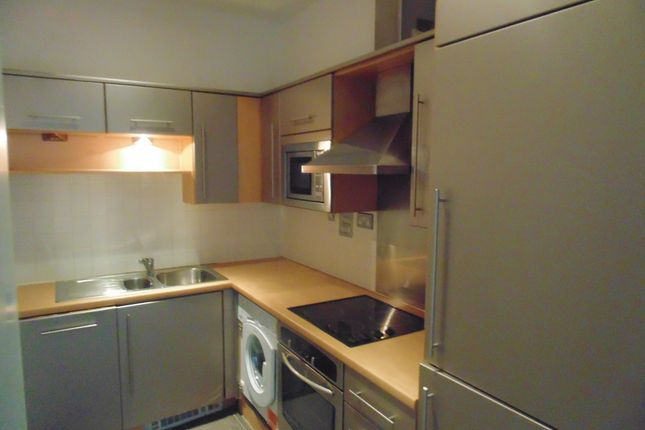 Thumbnail Flat to rent in 52 Peckham Grove, London, Greater London
