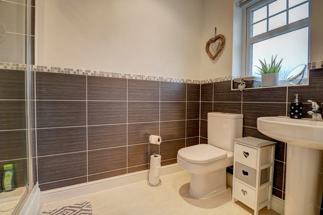 Master En-Suite of Gullane Drive, Dumfries DG1