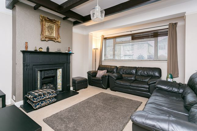 Thumbnail Property for sale in Strathbrook Road, London