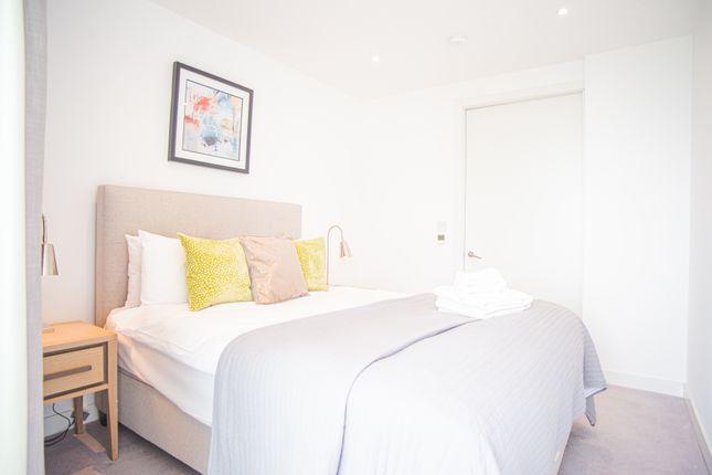 Thumbnail Flat to rent in 251 Southwark Bridge Rd, London