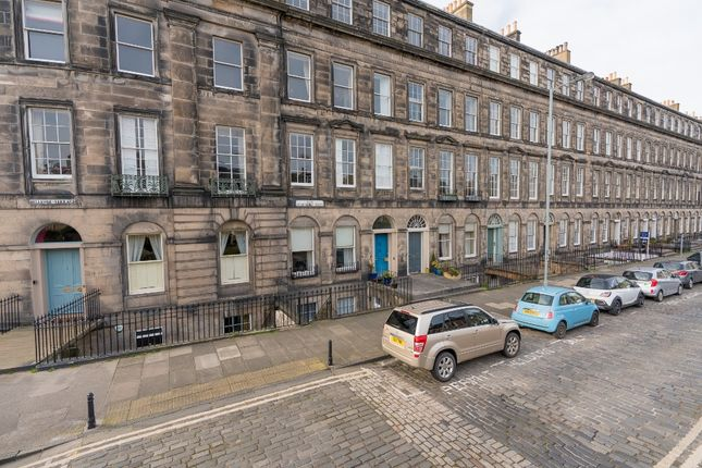 Thumbnail Flat to rent in East Claremont Street, New Town, Edinburgh