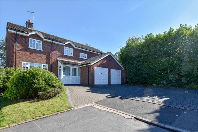 Thumbnail Detached house for sale in Cranham Close, Redditch