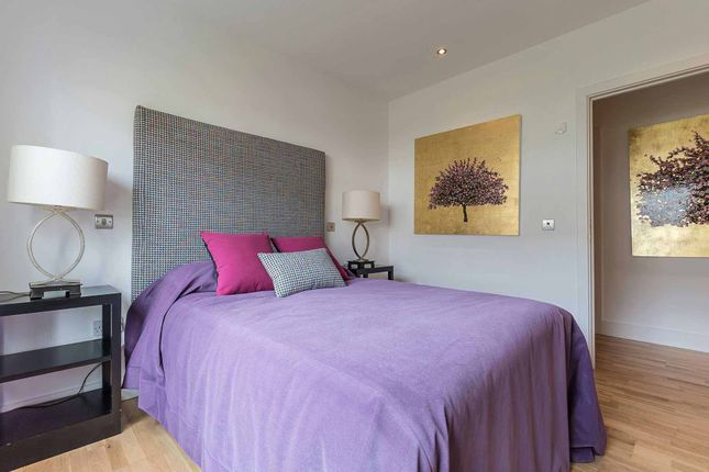 2nd Bedroom of Brighouse Park Cross, Edinburgh EH4