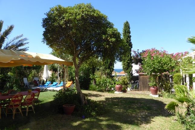 5 bed apartment for sale in Six Fours Les Plages, Var, France