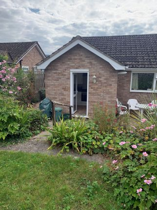 2 bed bungalow to rent in Hillcrest Road, Wyesham, Monmouth NP25