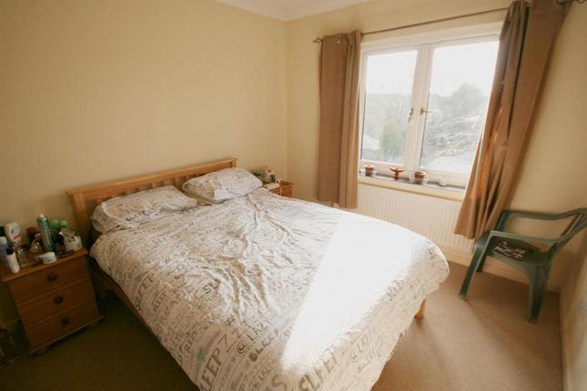 Bedroom of Exbury Place, Worcester WR5