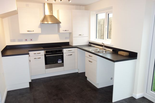 Thumbnail Semi-detached house to rent in Cubley Wood Close, Penistone, Sheffield
