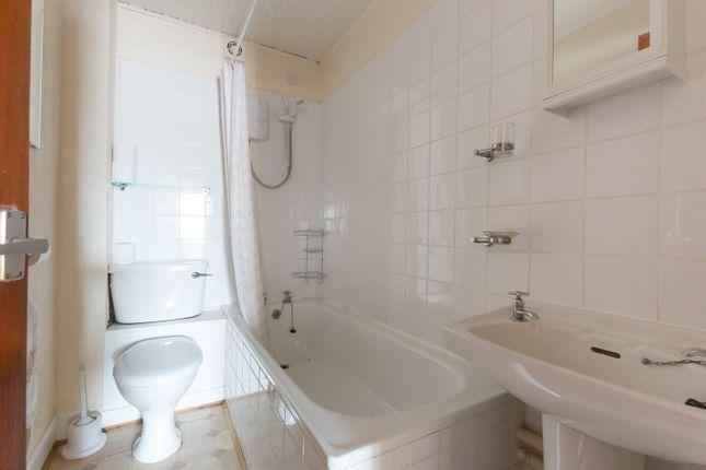 Bathroom of Wharf Street, Montrose DD10