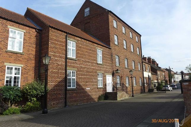 Thumbnail Flat to rent in Caistor Road, Market Rasen