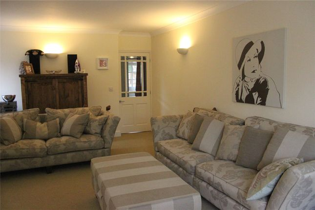 Thumbnail Detached house to rent in Weydown Road, Haslemere, Surrey