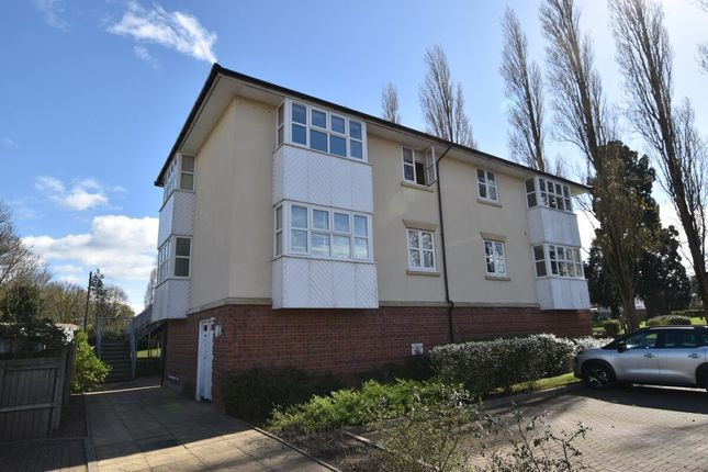 2 bed flat to rent in Waterside, Evesham WR11