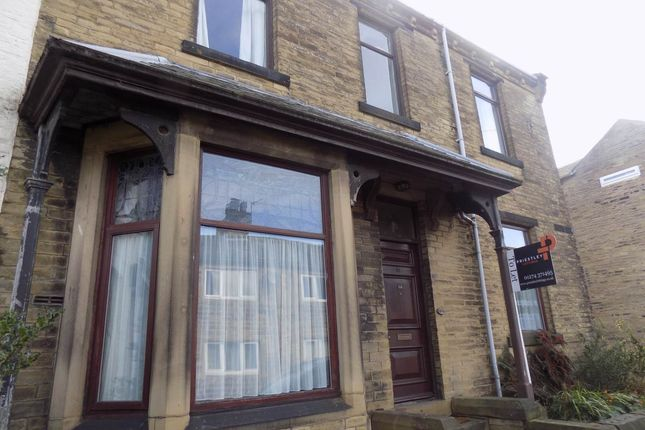 Thumbnail Property to rent in Cross Lane, Great Horton, Bradford