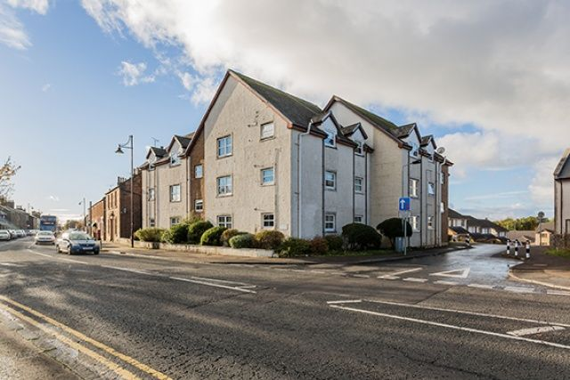 Thumbnail Flat for sale in Muirhall Place, Dreghorn, Irvine, North Ayrshire