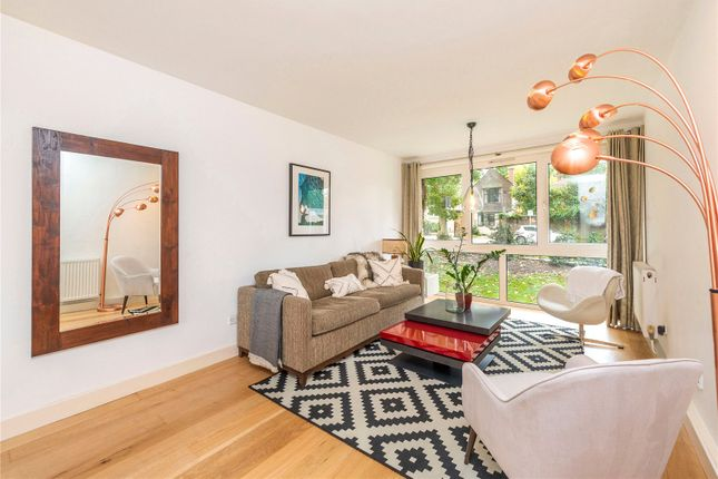 2 bed flat for sale in Westleigh Avenue, London SW15