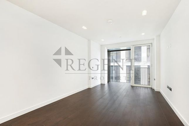 Thumbnail Flat to rent in Casson Square, Southbank Place