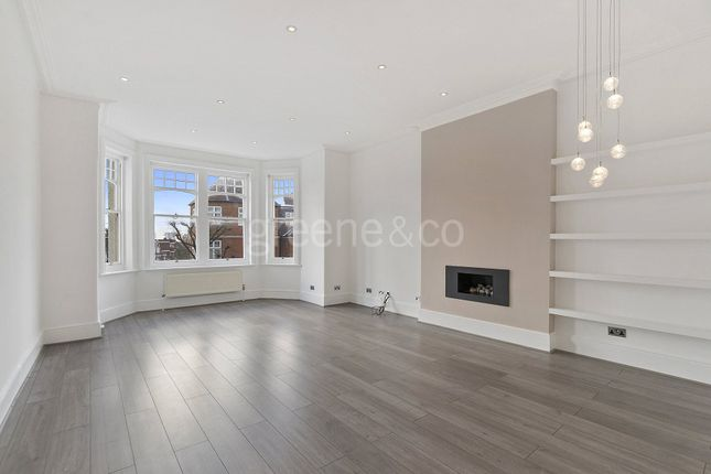2 bed flat to rent in Crediton Hill, West Hampstead, London
