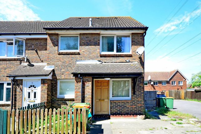 Thumbnail Property for sale in Ashwell Close, Beckton