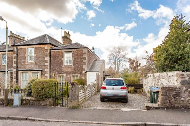 3 bed flat for sale in Ewanfield, Crieff PH7