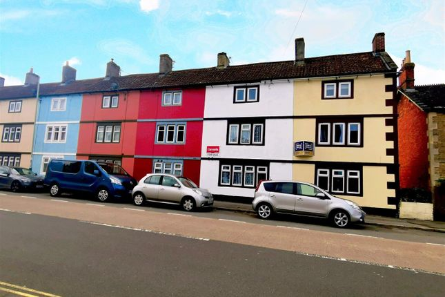 3 bed property to rent in London Road, Chippenham SN15
