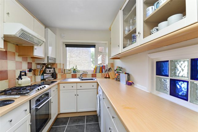 Picture No. 10 of Frith Hill Road, Godalming, Surrey GU7