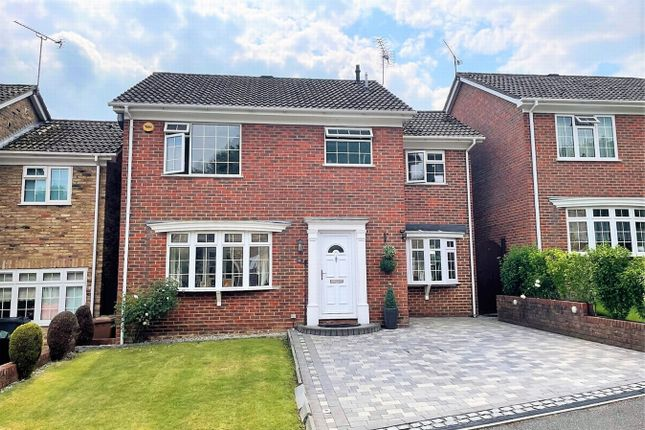 4 bed detached house for sale in Birchwood Drive, Lightwater, Surrey GU18