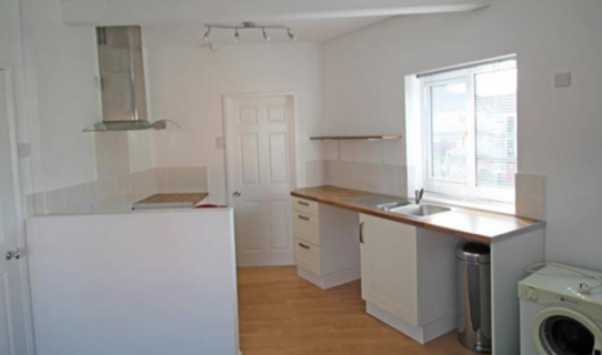 2 bed flat to rent in Patchwork Row, Mansfield, Derbyshire NG20