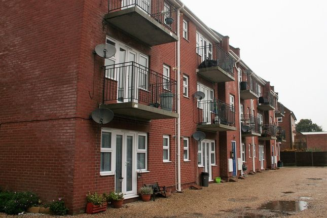 Thumbnail Flat to rent in Albemarle Street, Harwich