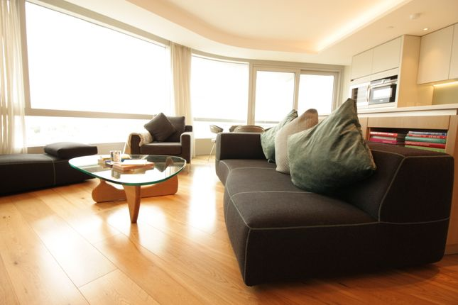 Thumbnail Flat to rent in City Road, Islington
