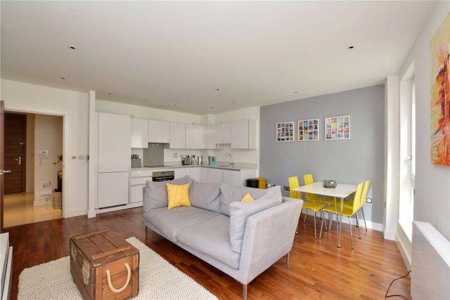 Lounge / Kitchen of Bellville House, 2 John Donne Way, Greenwich, London SE10