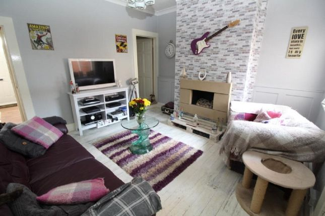 Lounge of Clarence Street, Dinnington, Sheffield, South Yorkshire S25