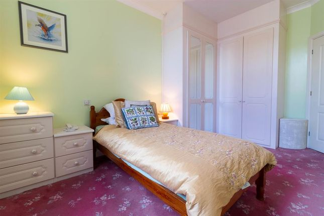 Thumbnail 1 bed flat for sale in Chevin Court, Otley
