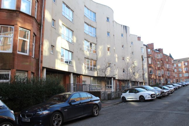 Thumbnail Flat for sale in Trefoil Avenue, Shawlands