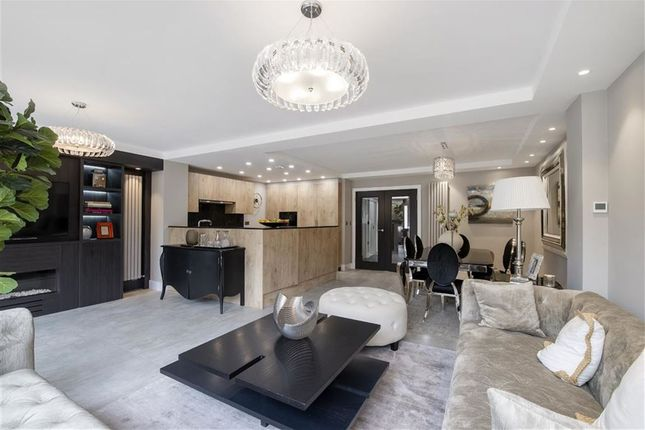 Thumbnail Property to rent in Court Close, St Johns Wood, London